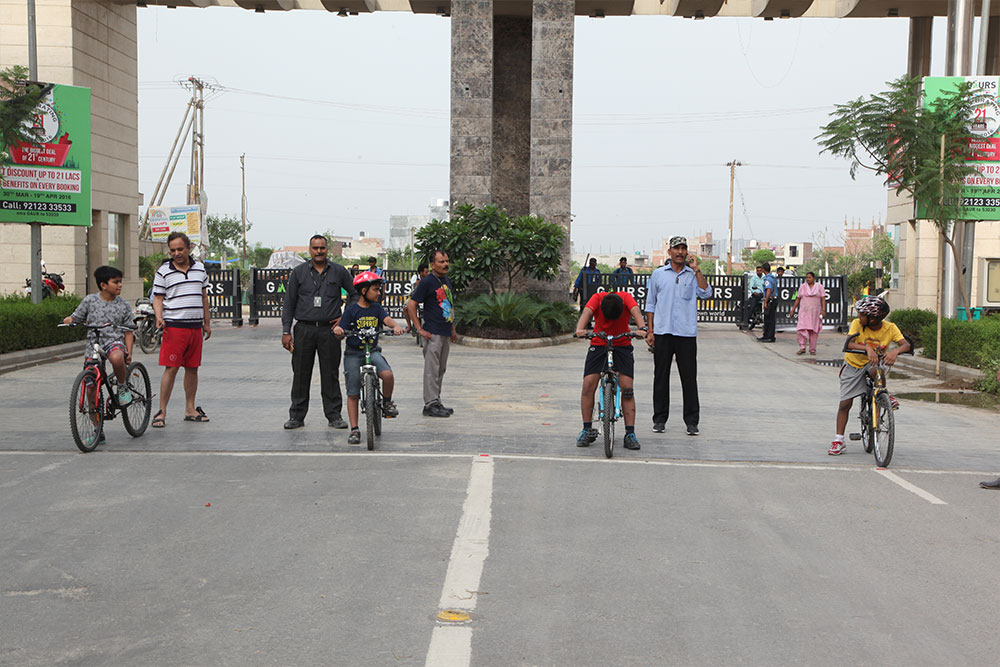 Cyclothon at Gaur City