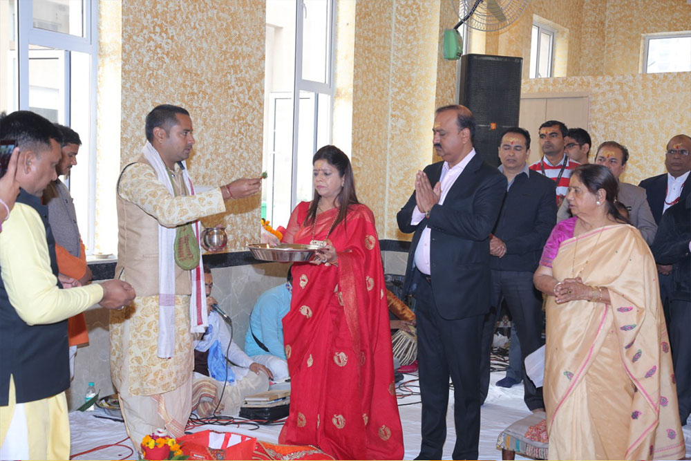 Inauguration of Shri Radha Krishna Temple at Gaur Sportswood.- 10-12-12