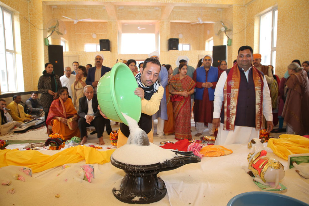 Inauguration of Shri Radha Krishna Temple at Gaur Sportswood - 11-12-12
